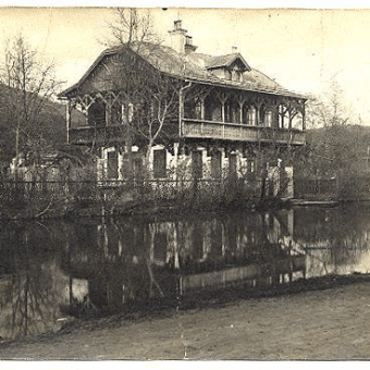 Russian Dacha in 1925, owned by Viktor Vokač.