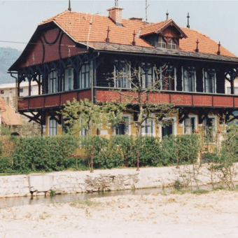 Russian Dacha in 1993 - photo by Novak Janez